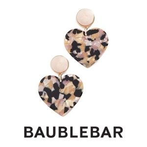 NWT BaubleBar Gigi Drop Heart Earrings Blush/Gold